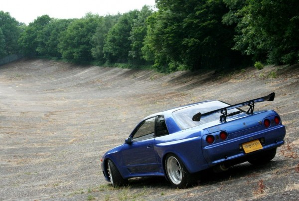 speed merchant R32skyline 01